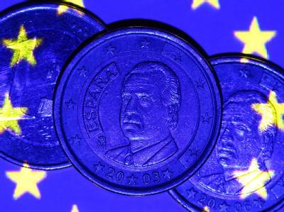 Spanien wird seine europäischen Partner um Milliardenhilfen zur Sanierung seines angeschlagenen Bankensystems bitten. Das hat den Euro am Montagmorgen deutlich gestützt. Foto: Jens Büttner