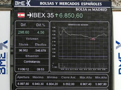 Spanische Banken stehen im Brennpunkt der Finanzkrise. Aber längst nicht alle Geldhäuser benötigen EU-Hilfen. Foto: Paco Campos
