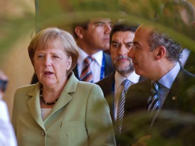 Bundeskanzlerin Angela Merkel und der mexikanische Präsident Felipe Calderon beim G20-Gipfel. Foto: Peer Grimm