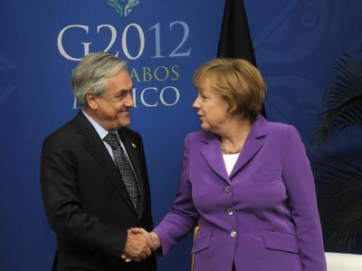 Chiles Präsident Sebastian Pinera und Kanzlerin Angela Merkel treffen sich in Los Cabos. Foto: Chile Presidency