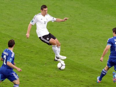 Miroslav Klose in Aktion. Foto: Jens Wolf