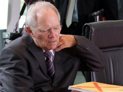 Bundesfinanzminister Wolfgang Schäuble vor einer Kabinettssitzung im Bundeskanzleramt in Berlin. Foto: Wolfgang Kumm / Archiv