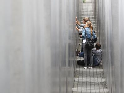Schulklassen am Holocaust-Mahnmal