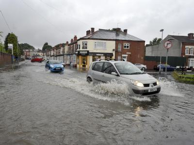 In Birmingham ist der Rea über die Ufer getreten. Foto: Stringer