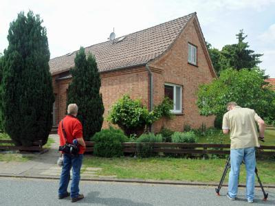 Wohnhaus in der Ortschaft Ostertimke, in dem zwei Babyleichen entdeckt wurden. Foto: Ingo Wagner