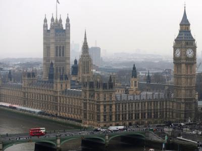 Blick auf London mit dem House of Parliament und dem Big Ben. Sechs Terrorverdächtige wurden von der Londoner Polizei festgenommen. Foto: Andy Rain / Archiv