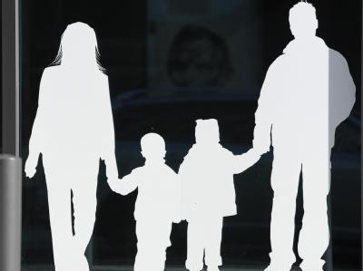 Die Wirkung des Elterngeldes ist umstritten. Foto: Jens Kalaene