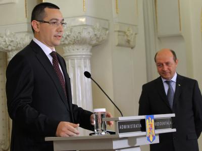 Da schien man einander noch wohlgesonnen: Rumäniens Premier Victor Ponta (l.) und Präsident Traian Basescu. Foto: Robert Ghement/Archiv
