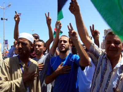 Die Mehrheit der Menschen in Bengasi feiert das neue Recht zur Wahl. Foto: Amel Pain