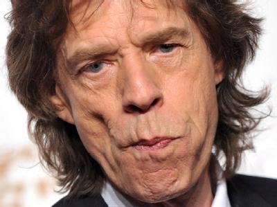 Mittlerweile ist Jagger mehrfacher Großvater, doch an Ruhestand denkt die Rock'n'Roll-Legende mit den wohl bekanntesten Lippen des Showgeschäfts noch nicht.