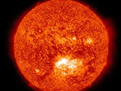 Das Handout der NASA vom 13.07. zeigt eine Stelle, an der der Sonnensturm begonnen hat. Foto: NASA/SDO/AIA