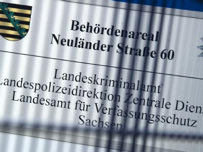 Das Behördenareal Neuländer Straße 60, mit dem Landeskriminalamt, der Landespolizeidirektion Zentrale Dienste, dem Landesamt für Verfassungsschutz Sachsen und dem Staatsbetrieb Sächsische Informatikdienste. Foto: Arno Burgi