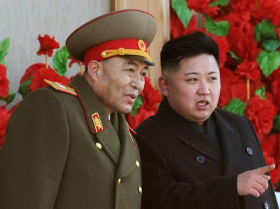 Diktator und Armeechef