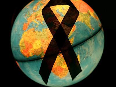 Mit viel Rückenwind hat die Welt-Aids-Konferenz in Washington begonnen. Neue Statistiken und Forschungsergebnisse lassen Hoffnung keimen, dass die HIV-Epidemie in absehbarer Zeit kontrollierbar sein könnte. Foto: Patrick Pleul