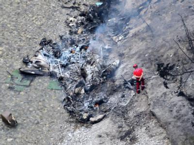 Bei einem Testflug stürzt ein Hubschrauber in Frankreich in einen Canyon. Sechs Menschen sterben. Foto: Duclet Stephane France