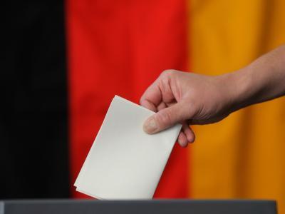 Zentraler Streitpunkt beim derzeitigen Wahlrecht sind die Überhangmandate. Foto: Jens Wolf/Archiv