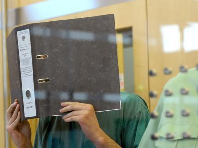 Prozess gegen 'D�sseldorfer Zelle'