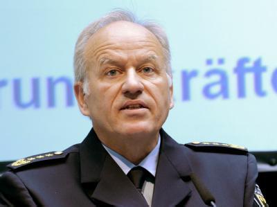 Der bisherige Chef der Bundespolizei, Matthias Seeger, ist in den einstweiligen Ruhestand versetzt worden. Foto:Bernd Settnik / Archiv
