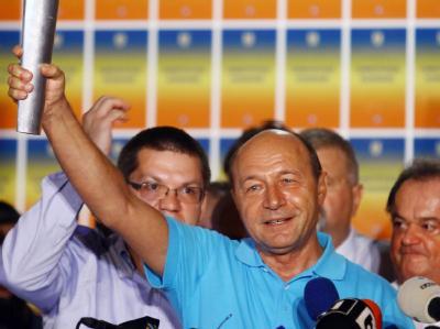 Der bürgerliche Präsident Basescu hat das vom sozialistischen Regierungschef Ponta angestrengte Referendum zur Amtsenthebung überstanden. Foto: Mihai Barbu