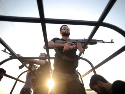 Das syrische Militär geht vehement gegen die Rebellen in der Millionenmetropole Aleppo vor. Noch halten sich die Aufständischen. Foto: Stringer