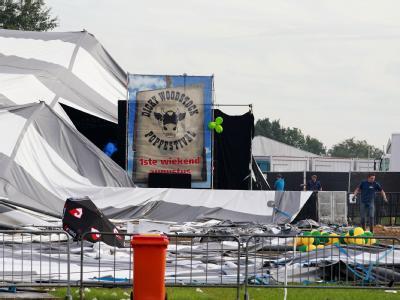 Ein schwerer Sturm hat das Festzelt beim Popkonzert