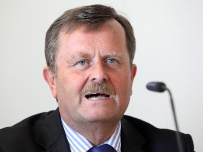 Der Präsident der Bundesärztekammer, Frank Ulrich Montgomery. Foto: Bodo Marks / Archiv