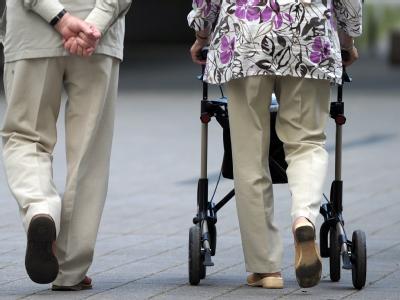 Die SPD berät heute über ein neues Rentenmodell. Foto: Federico Gambarini / Archiv