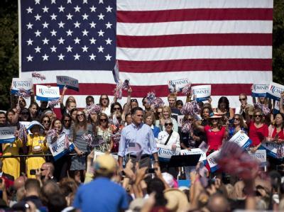 Mitt Romney will nun auch für Amerikaner da sein, die keine Einkommensteuer zahlen. Foto: Jim Lo Scalzo