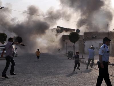 Auf ein türkisches Dorf in der Nähe der syrischen Grenze sind am Mittwoch aus dem Nachbarland Granaten gefeuert worden. Foto: Rauf Maltas/Anadolu Agency