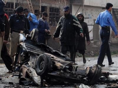 Die Region um die pakistanische Stadt Peshawar wird regelmäßig von Anschlägen erschüttert. Dieses Mal detonierte eine motorisierte Rikscha.