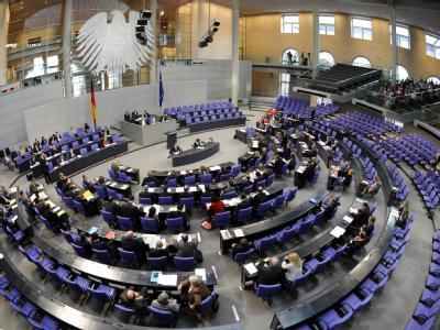 Der Bundestag will künftig verhindern, dass sich Abgeordnete allzu luxuriöses Büromaterial bestellen.