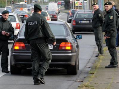 Polizeikontrolle: Auch der zweite Aachener Ausbrecher sitzt wieder hinter Gittern.