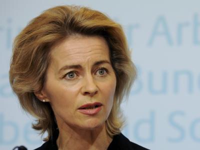 Von der Leyen am 1. Dezember während ihrer ersten Pressekonferenz als Arbeitsministerin.