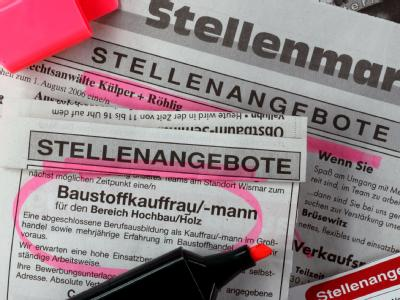 Stellenangebote in einer regionalen Tageszeitung in Schwerin. Archivfoto: Jens Büttner