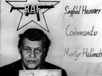 Der am 5. September 1977 von der RAF entführte und später ermordete damalige Arbeitgeberpräsident Hanns-Martin Schleyer (Archivfoto vom 13.10.1977).