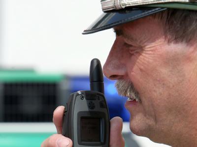 Die Gewerkschaft der Polizei beklagt, dass noch immer ein flächendeckender Digitalfunk fehlt.