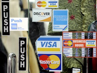 Ein Geschäft in New York akzeptiert diverse Kreditkarten (Archivfoto). Ein Computerfehler hat eine Kreditkarten-Abrechnung über 23148855 308184500 Dollar verbucht.