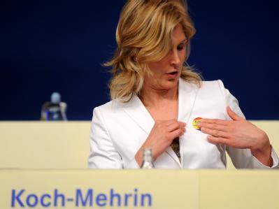 Die umstrittene FDP-Politikerin Silvana Koch-Mehrin hat die Wahl als eine der 14 Vizepräsidenten im Europaparlament geschafft.