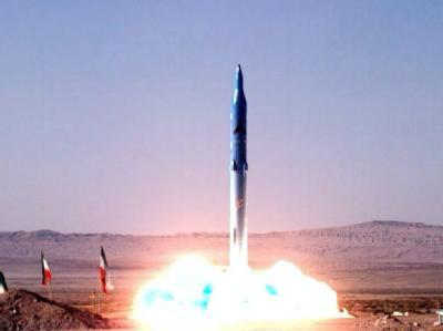 Test einer neuen iranischen Mittelstreckenrakete (Foto vom 20.5.2009).
