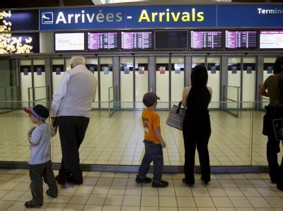 Viele Angehörige warteten am Flughafen vergeblich.