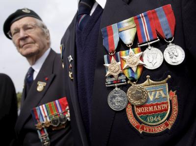 «D-Day»-Veteranen bei der Gedenkfeier in Colleville-sur-Mer.
