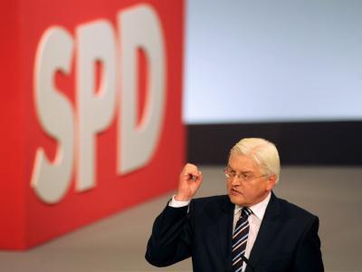 Mit dem Rücken zur Wand: Der SPD-Kanzlerkandidat Frank-Walter Steinmeier.