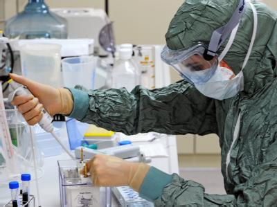 Labor des Pharmakonzernes GlaxoSmithKline in Dresden. Das Unternehmen produziert einen Impfstoff gegen die Schweinegrippe H1N1.