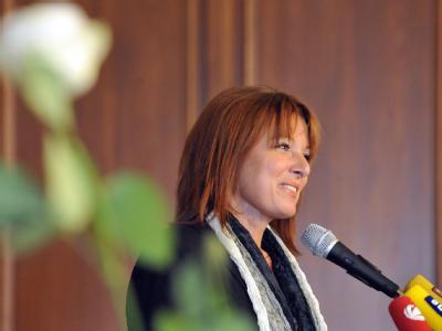 Die bayerische Landtagsabgeordnete Gabriele Pauli spricht auf der Gründungsversammlung ihrer neuen Partei