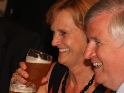 CSU-Chef und Ministerpräsident Horst Seehofer und seine Frau Karin beim Deligierten-Abend.