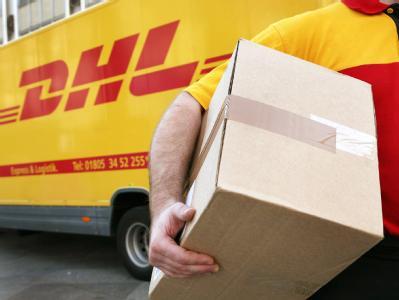 Das Aus für das Versandhaus Quelle wird auch bei der Post-Tochter DHL zu Stellenstreichungen führen.