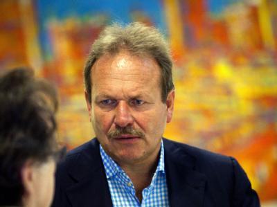 Ver.di-Chef, Frank Bsirske, bei den Tarifverhandlungen für die 220.000 Beschäftigten in kommunalen Kindergärten und Sozialeinrichtungen.