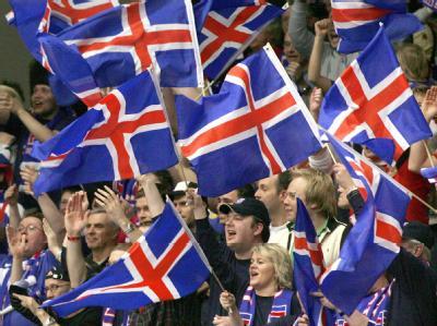 Isländische Fahnen