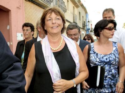 Zu Fuß: Ulla Schmidt bei ihrer Ankunft bei einem offiziellen Termin in Els Poblets bei Alicante.
