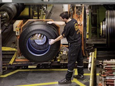 Reifenproduktion bei Continental